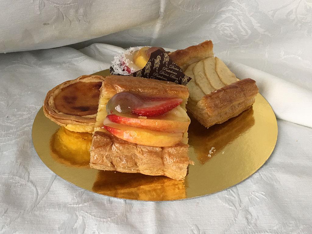 pasteles-hojaldre-dona-bica